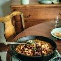 RETSEPTID | Põnevad maitsed! Valmista seene-porgandigaletti, seenerisotot, kukeseenemääret ja puraviku-pirnisalatit