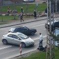 """DELFI FOTOD: Tallinnas toimus mootorratturi ja sõiduauto vahel kokkupõrge. """"Vaatepilt oli jube"""""""
