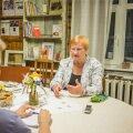 """""""Eesti ja Soome ei pea olema kaksikud. Piisab, kui me oleme naabrid,"""" ütles president Tarja Halonen Eesti Päevalehele laupäeval arvamusfestivali ajal Paides antud intervjuus."""