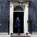 VIDEO: Cameron ümises pärast tagasiastumisest teatamist muretut viisikest