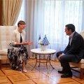 President Kersti Kaljulaid kohtus hiljutisel Kreeka visiidil Kreeka peaministri Aléxis Tsíprasega. Eesti maksumaksjad on Kreekat aidanud.