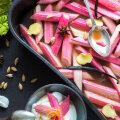 VIDEORETSEPT! Megalihtne lisand rabarberist, mis sobib nii magusale kui ka soolasele toidule