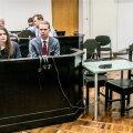 Järjekordselt haiglas viibiva Edgar Savisaare koht tema advokaat Oliver Nääsi kõrval oli täna tühi