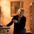 """Teiste hulgas on Vally Ojavere kirjutanud hulga laulutekste ka Anne Veskile, kes hindab eriti laulu """"Leia mind tuhandete seast"""" sõnu. """"See on imeilus, laulan seda siiani,"""" räägib Anne Veski."""
