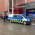 ФОТО И ВИДЕО | Торговому центру Kristiine снова угрожали взрывом. Людей эвакуировали