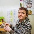 Merike Karolin otsib rohenäpust lugeja soovil seemneraamatukogust köögiviljaseemneid.