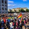 """Ungaris avaldasid tuhanded meelt """"homopropaganda"""" vastase seaduseelnõu vastu"""