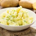Põnev või täitsa napakas? Uus hittretsept, mis kulutulena levib, õpetab kartuliputru tegema kartulikrõpsudest