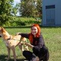 Anni Anete Mõisamaa koeraga