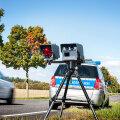 FOTO   Liiklushuligaanid, midagi teile! Uuel aastal hakatakse kiirust mõõtma mobiilsete kiiruskaameratega