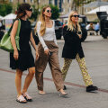 FOTOD   Suurte moepealinnade tänavamood peegeldab: need on alanud hooaja kõige popimad püksid