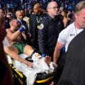 Conor McGregor viidi pärast kohtumist Dustin Poirier'ga areenilt kanderaamilt minema.