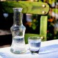 9 причин, почему водка должна быть в каждом доме