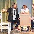 """Lavastuse """"Ja kui nad surnud ei ole…"""" proov. Fotol (vasakult) Martin Kõiv, Meelis Põdersoo ja Mihkel Kabel."""