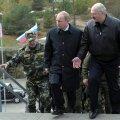 Venemaa president Putin ja Valgevene president Lukašenko Zapad 2013 käiguga tutvumas