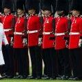 """""""Фирма"""": кто и как управляет королевской семьей Великобритании"""