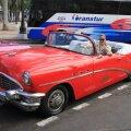 Kuuba pealinn on täis vaatamisväärsusi. Tuur 1950. aastate kabrioletiga annab linnast hea ülevaate kondimootorit kulutamata.