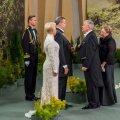 Venemaa suursaadik annab Ilvesele ümbriku