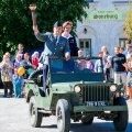 FOTOD | Kuressaares tähistati võidupüha ja jagati jaanituld