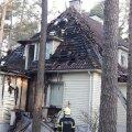 FOTOD: Varahommikul põles kaitseminister Margus Tsahkna kodu