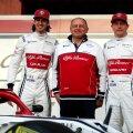 Frederic Vasseur koos Giovinazzi ja Räikköneniga
