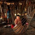 Matsé majapidamine: Seinad on isegi üleliigsed – takistavad õhu liikumist ja enamasti Amazonases neid ei ehitatagi, on vaid põrand ja palmilehtedest katus.