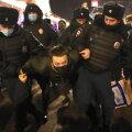 VIDEO   Peterburis vahistati Navalnõi toetusmeeleavaldusel mitukümmend inimest