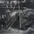 PUNANE BARBAARSUS: Vabadussõja mälestussamba mahavõtmine Tallinnas Reaalkooli ees 23. septembril 1940.