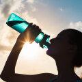 Vedelikupuuduse vältimiseks ei piisa ainult veejoomisest. Aga mida siis süüa, et organism ei kuivaks?