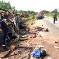 Elevandiluuranniku põhjaosas sai bussiõnnetuses surma 40 inimest
