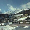 SUUSAPUHKUS LÄBI   Šveitsi Alpide luksuskuurordis levib koroonaviiruse uus tüvi — karantiinis on juba kaks viietärnihotelli