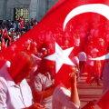 Sõjalise riigipöörde katse tõi rahva tänavaile.