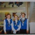 Anneli Metsallik (pildil paremal) kolleegidega Estonia pardal