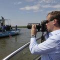 Навальный нашел у Медведева остров с рыболовной базой
