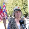 """ВИДЕО с Военного кладбища   """"СССР, Англия и США в те времена были все вместе, нехорошо ходить только с российским флагом"""""""