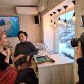 ВИДЕО | Никаких преград! В Таллинне прошел мастер-класс по изготовлению сексуальных кожаных аксессуаров для интимных игр