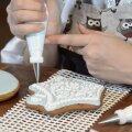 VIDEO | Eesti kuulsaim präänikumeister näitab, kuidas kaunistada piparkooke