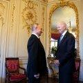 Putin kinkis Bidenile kirjutuskomplekti ning sai vastu lenduri päikeseprillid ja kristallpiisoni