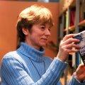 Raimond Kaugveri autoriõiguste pärija oli tütar Katrin Kaugver, kes on nüüdseks autoriõigused müünud.
