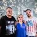 ÕIGLASE KARISTUSE EEST VÄLJAS: Raul Heinver (vasakul), Siret ja Rando Kesküla soovivad, et nende pereliikme mõrvanud Mikk Tarrastel ei oleks kunagi võimalust ühiskonda pääseda.