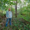 Mart Erik ütleb, et metsa, sh käest lastud metsa, on Eestimaal palju. Ta leiab, et muidugi on iga omaniku enda asi, mida ta oma metsaga ette võtab, ent kui sellel ikka suurte massiividena mädaneda lasta, on see lõppkokkuvõttes ju meie ühine rikkus, mis nõnda hävib.