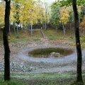 Madala veeseisu tõttu on Kaali järve veetase langenud ja järvest järel veelomp