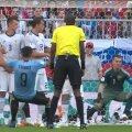Россия пропускает гол от Луиса Суареса