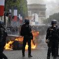 Märulipolitsei Pariisis pärast Bastille päeva paraadi toimunud rahutustel.