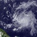 Atlandil möllav troopiline torm Chantal tegi pahandust Dominica saarel
