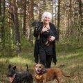 Marina Kaljurand koos oma koertega