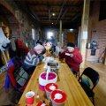 Mooste elanikud said täna Veskiteatris süüa sooja suppi.