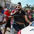 Juba pühapäeval tuli Havanast teateid kümnetest arreteeritutest.
