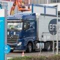 Viimastel päevadel on pandud Pfizeri Belgia tehasest kõigi 27 Euroopa Liidu liikmesriigi poole teele esimesed partiid Pfizeri ja BioNTechi koroonavaktsiini.