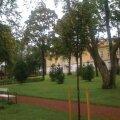 FOTOD: Ruila mõisapargi tagaväljak sai mõisapargile kohase välimuse